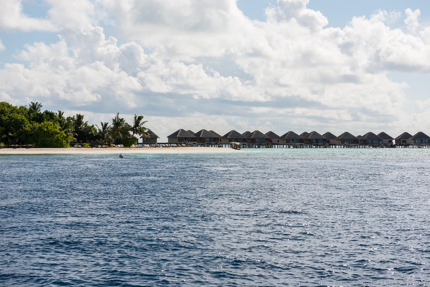 Остров-ресорт Мальдивы
