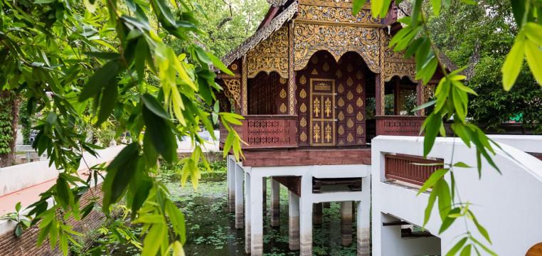 Храм на воде Чианг Май