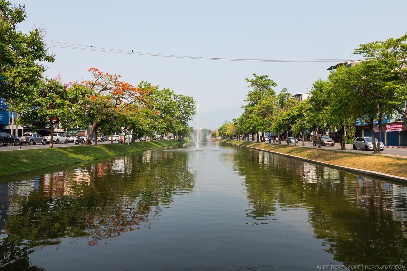 Городской канал Чиангмай
