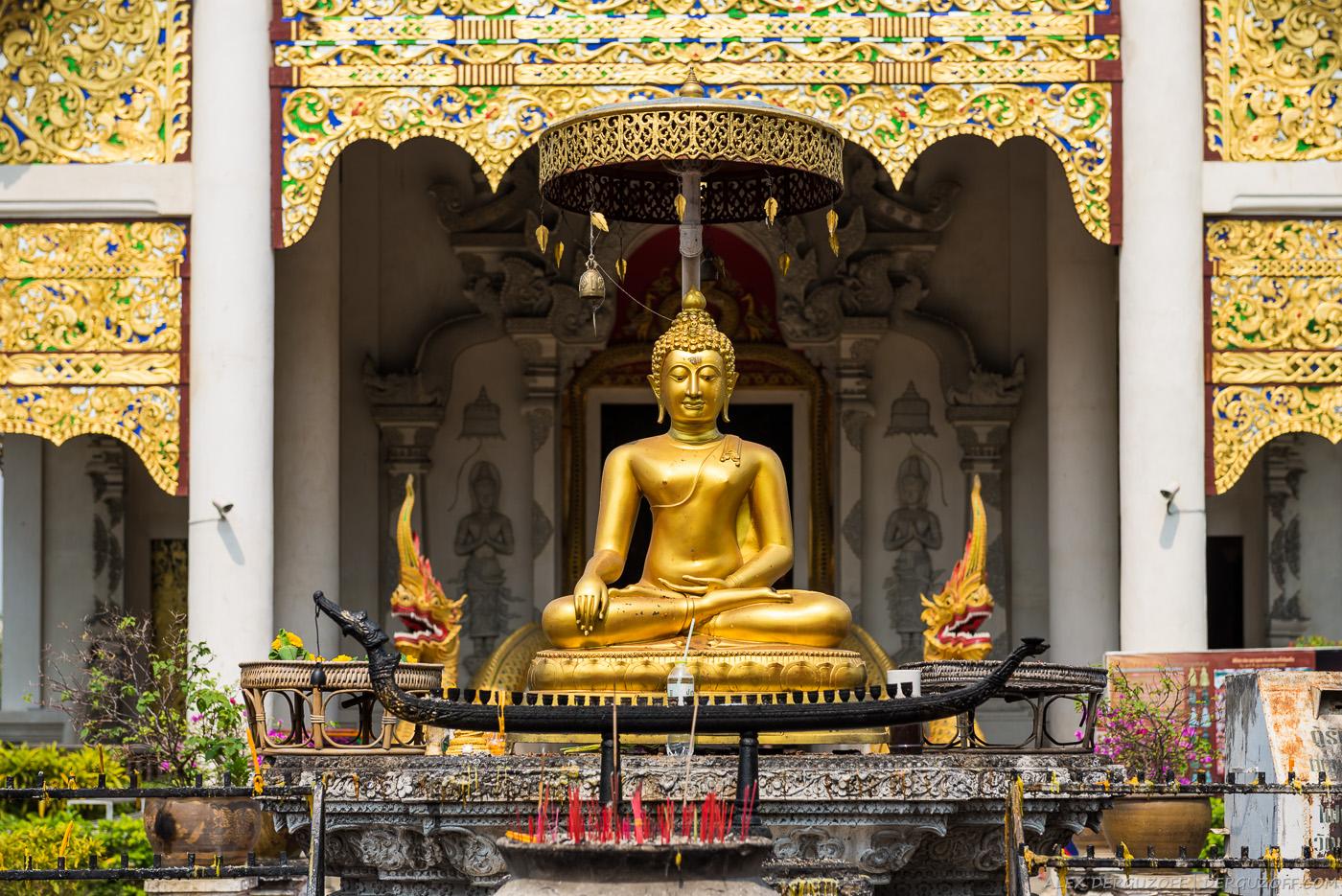 Сидящий Будда Таиланд Чиангмай