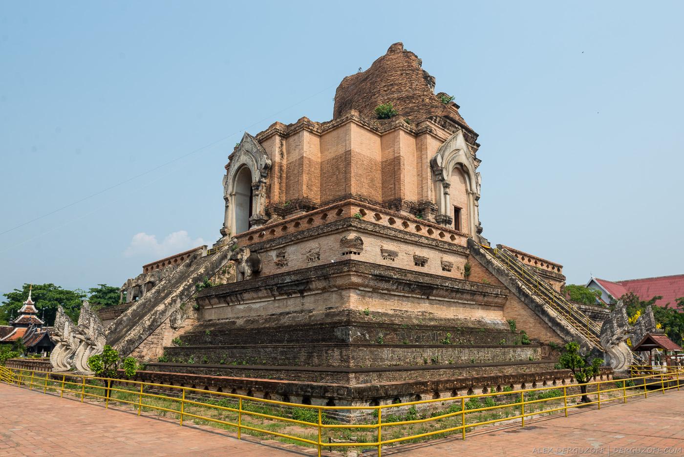 Ват Чеди Луанг Таиланд