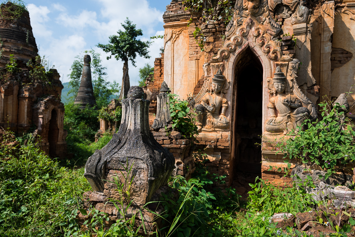 Заброшенные ступы в джунглях Мьянма озеро Инле