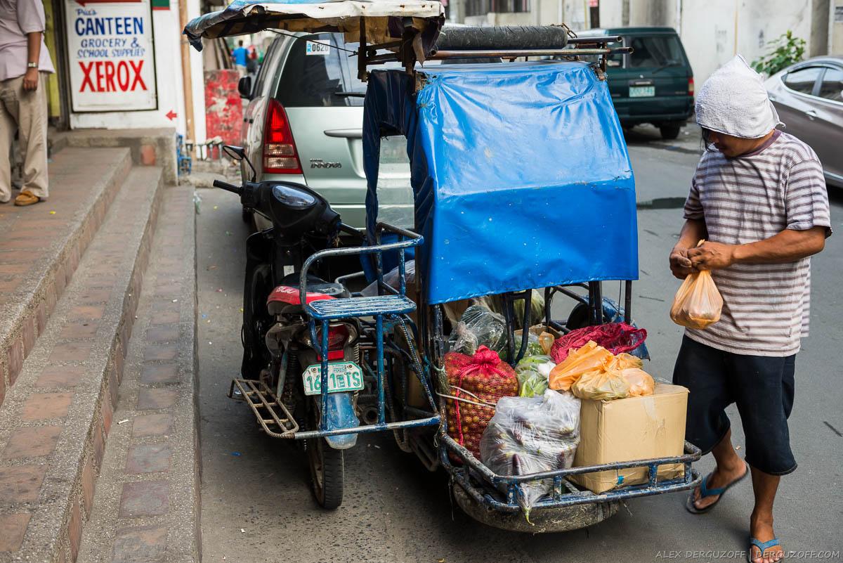 Продажа продуктов с мопеда Филиппины