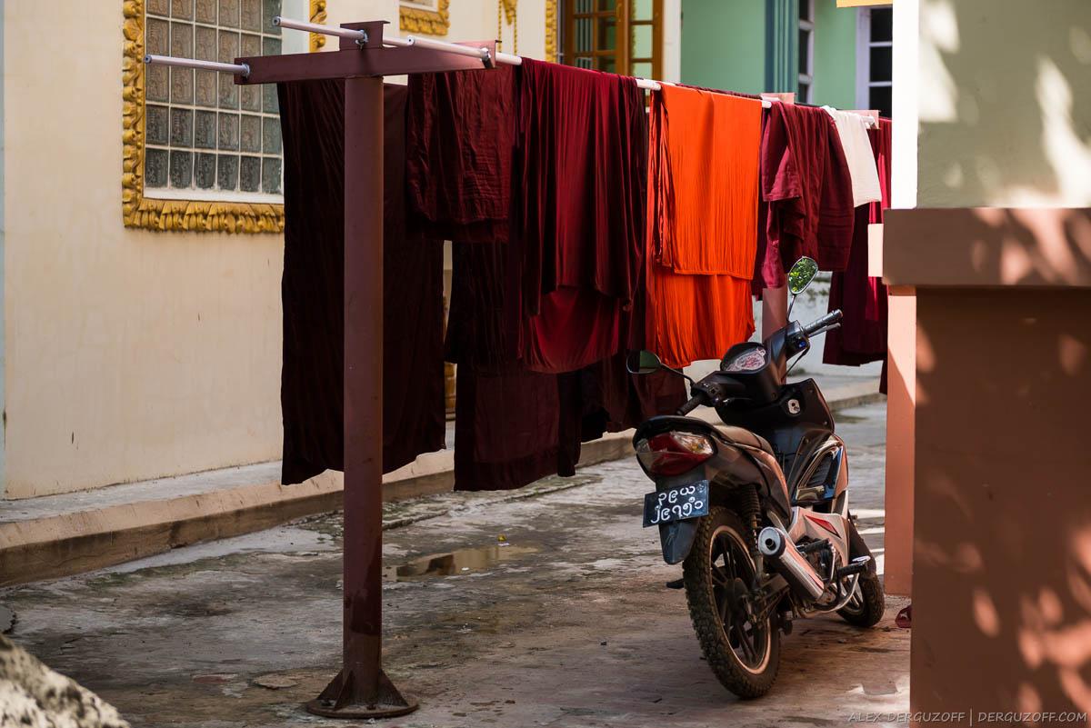 Одежда буддийских монахов после стирки