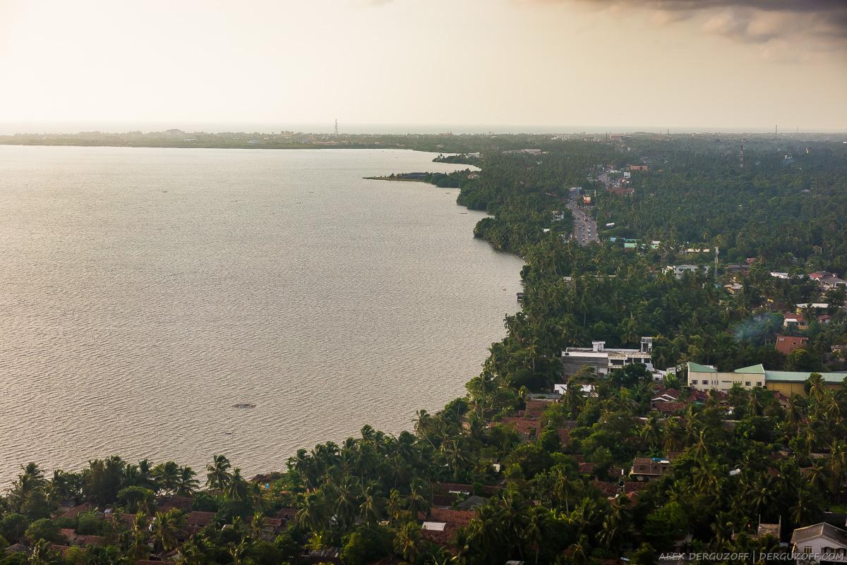 Вид из самолета на побережье Шри-Ланки