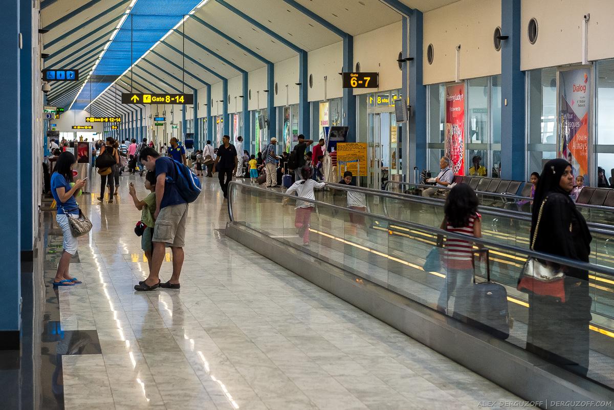 Зона прилета аэропорта Коломбо Бандаранайке