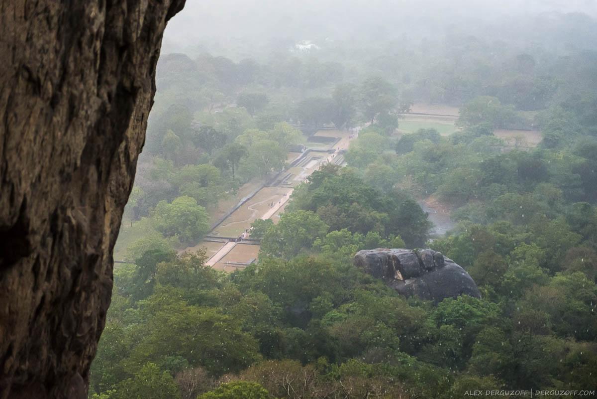 Дождь над джунглями Шри-Ланка Сигирия