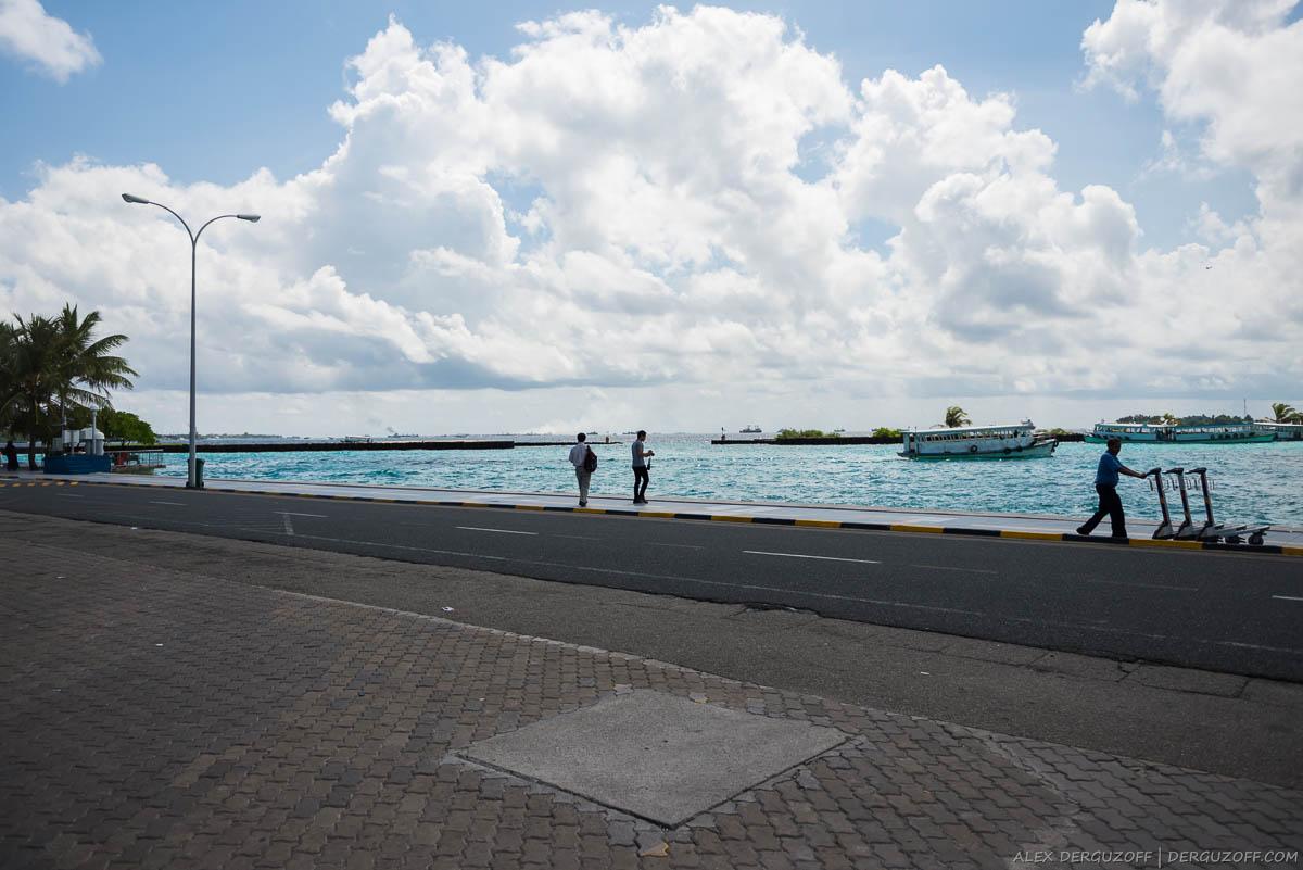 Причал на выходе из аэропорта Мальдивы Мале