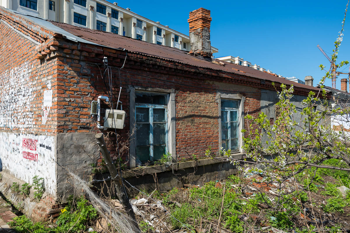 Старый кирпичный дом в Китае